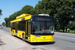 Нові тролейбуси вийшли на випробування на трасі під Чернівцями