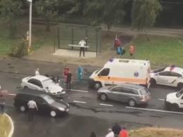 У Чернівцях на Воробкевича зіткнулись бус і таксі