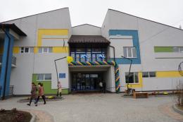 У Чернівцях в мікрорайоні Ленківці урочисто відкрили дитсадок «Лелеченя»
