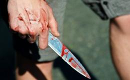 На Буковині чоловіку встромили ножа у живіт, постраждалий в реанімації