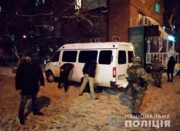 У Чернівцях затримали злочинну групу вимагачів, які викрадали людей