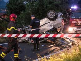 В Італії авто вилетіло з траси і перекинулось: серед загиблих - двоє буковинців (відео)