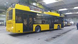 Чернівці мають намір купити чотири нові тролейбуси з автономним ходом