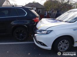 У поліції прокоментували ДТП зі службовим Mitsubishi Outlander та BMW