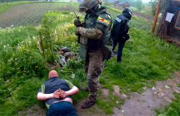 На Буковині поліція викрила торговця зброєю із зони АТО