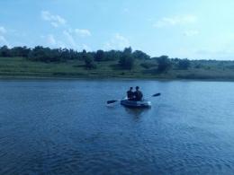 На Буковині під час відпочинку на озері зник 51- річний