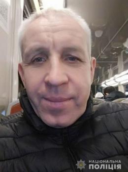 Поліція розшукує чернівчанина, який зник безвісти на початку квітня