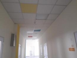 У новій школі в Рідківцях, на яку виділяли мільйони гривень, підрядник залишив безліч недоліків (фото)