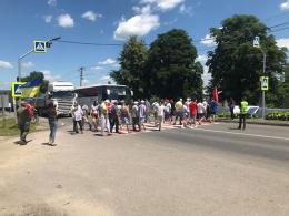 У Хотині жителі перекрили трасу через новий районний поділ Буковини