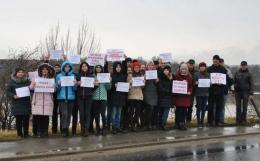 На Хотинщині провели акцію протесту проти будівництва нових ГЕС