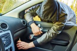 У Чернівцях за крадіжки засудили двох ліцеїстів