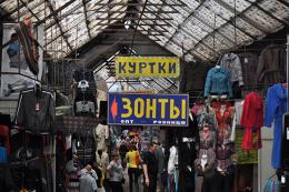 Непродовольчим ринкам і магазинам на Буковині не дозволили працювати, – чиновник