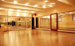 Для юних буковинців в Строїнцях відкрили танцювальний зал