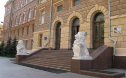 Активісти з Хотина влаштували акцію протесту під Чернівецькою ОДА