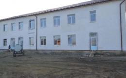 На Буковині переселенці живуть у недобудованому гуртожитку (відео)