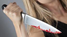 На Буковині жінка вдарила ножем товариша по чарці