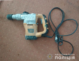 На Буковині поліцейські менш ніж за добу викрили крадія електроінструментів (фото)
