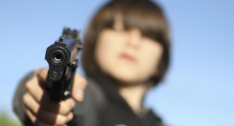 Один рік умовного ув'язнення отрмав школяр на Буковині, який погрожував однокласнику пістолетом.