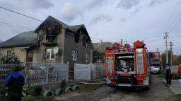 На Буковині травмувався чоловік, коли гасив пожежу в будинку