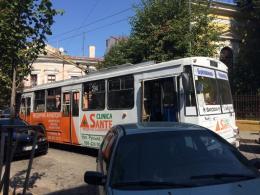 У Чернівцях «герой парковки» заблокував рух транспорту в центрі міста