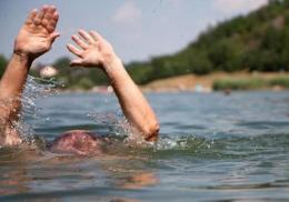 У Магалі на озері потонув 50-річний чоловік