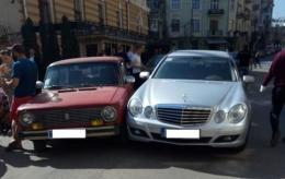 У Чернівцях на Сковороди зіштовхнулися дві автівки