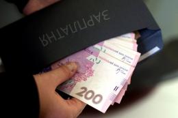Підприємця у Чернівцях оштрафували на 400 тисяч за нелегальних працівників