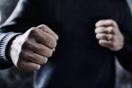 На Буковині засудили двох чоловіків, які побили та обікрали знайомого
