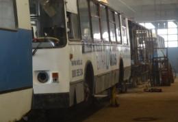 Тролейбуси у Чернівцях - як діряві бляшанки і ремонтувати там вже нічого