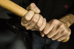 На Буковині чоловік побив палецею свого знайомого