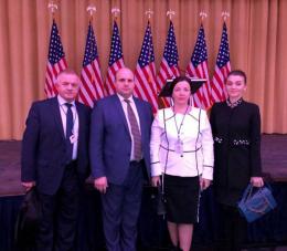 Голова Чернівецької обласної ради та двоє обласних депутатів поїхали на молитовний сніданок в США (фото)