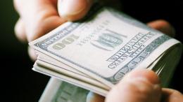 На Буковині СБУшник та його спільник вимагали п'ять тисяч доларів, видаючи себе за співробітників ДБР
