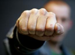 На Садовій у Чернівцях затримали чоловіка, який влаштував бійку