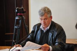 Екс-головний лікар пологового будинку в Чернівцях судиться з міськрадою
