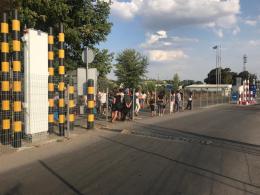 """25 місцевих мешканців хотіли незаконно перемістити товар через """"Порубне"""""""