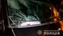 Водій мікроавтобуса «Opel» у Чернівцях наїхав на 64-річного дідуся
