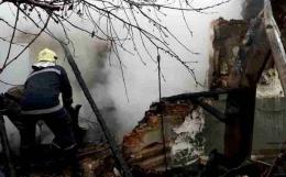 На Буковині вибух газу зніс пів будинку: постраждала жінка