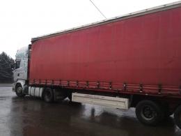 3 тонни тюлі з Туреччини вилучили митники на Буковині