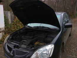 Невідомі у Чернівцях намагалися підпалити авто директора комунального підприємства