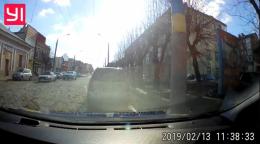 У Чернівцях поліцейські затримали водія «під кайфом», який вдавав, що спить