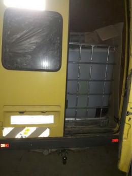 На Буковині суд наклав арешт на 14 тонн спирту, який вилучено з незаконного обігу
