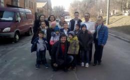 На Буковині сім'я усиновила хлопця, який 22 роки прожив в інтернаті