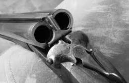Буковинець, який застрелився з рушниці, на місці самогубства залишив записку