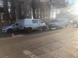 У Чернівцях на Руській сталася ДТП з чотирьма авто (фото)