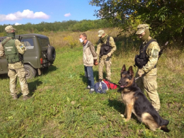 На Буковині прикордонники затримали трьох порушників, які намагались перетнути кордон