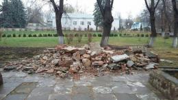 У Чернівцях демонтували пам'ятник Максиму Горькому