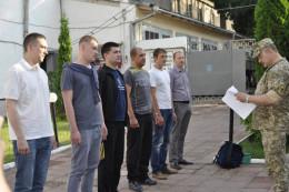 Племінника мера та нового директора Департаменту економіки призвали до війська