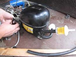 У Чернівцях вночі затримали двох чернівчан, які викрали сім двигунів від холодильників