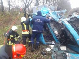 На трасі «Тернопіль-Чернівці» у ДТП загинув водій вантажівки