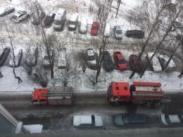 У Чернівцях на бульварі Героїв Крут сталася пожежа на дев'ятому поверсі (фото)